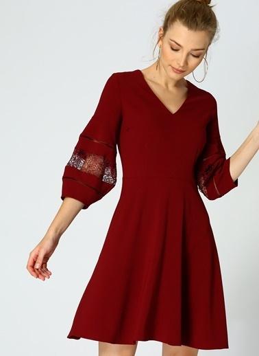 Random V Yaka Kloş Elbise Bordo